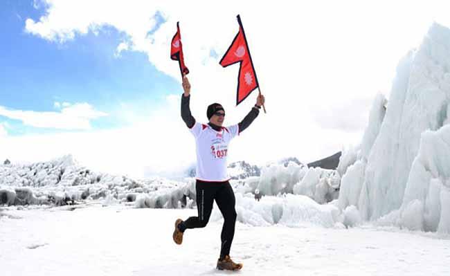 In den Jahren 2011 bis 2013 hat Michele Ufer drei Mal am höchsten Marathon der Welt, dem Tenzing-Hillary Everestmarathon mit einer Starthöhe auf 5400 Metern, teilgenommen.