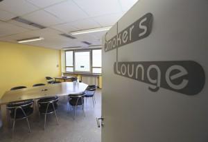 Drogenkonsumraum in der Drogenhilfe-Einrichtung Kick der Aidshilfe im Gesundheitsamt. In der Smoker´s Lounge werden Drogen geraucht