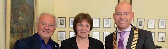 Schulleiterin der Grundschule Kleine Kielstraße erhält den ersten Integrationspreis des Rotary-Clubs Dortmund-Hörde
