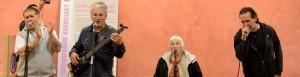 Esther Bejarano und die Microphone-Mafia haben im Stellenpark ein Konzert gegeben.