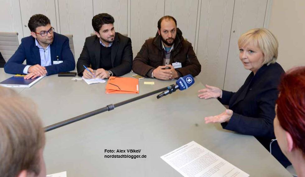 Ministerpräsidentin Hannelore Kraft traf sich im Landtag mit den Flüchtlingen.