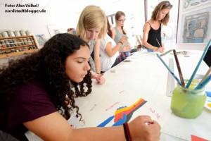"""25 Jugendliche aus Dortmund und der israelischen Stadt Azur haben in Atelier """"Inicio"""" kreativ gearbeitet."""