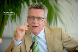 Bundesinnenminister Thomas de Maizière (CDU) beschäftigte sich in Dortmund mit dem Thema Rechtsextremismus.