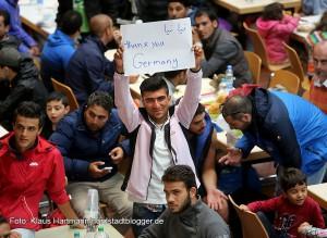 Die Flüchtlinge waren sehr dankbar für die herzlichenEmpfang. in Dortmund.