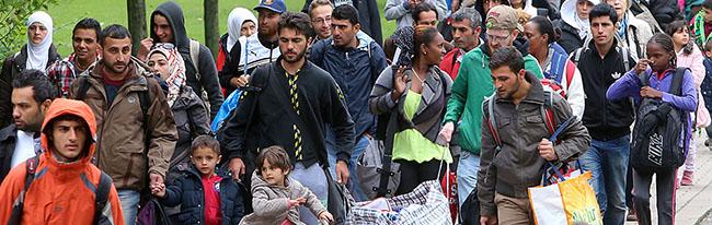 Update: 2000 Flüchtlinge in Dortmund versorgt – Bürger bereiteten ihnen einen begeisternden Empfang