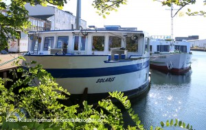 Die Schiffe zur Unterbringung von Flüchtlingen im Schmiedinghafen haben angelegt