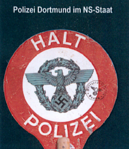 """Titelbild der polizeieigenen Wander-Ausstellung """"Polizei Dortmund im NS-Staat""""."""