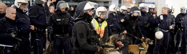 Sinnlose Gewalt überschattet den erfolgreichen Protest gegen Neonazis – Fragwürdige Strategie der Autonomen Antifa