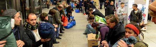 """AStA lädt zur Podiumsdiskussion an der Fachhochschule Dortmund: """"Flüchtlingen helfen! – Aber wie?"""""""