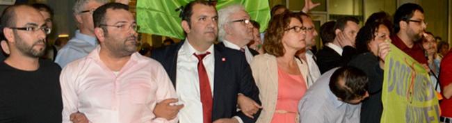 """""""Rathaus-Blockade"""": Das Amtsgericht muss nun doch das Verfahren gegen 14 Mitglieder der Zivilgesellschaft führen"""