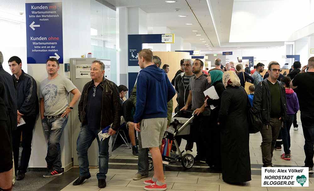 Um lange Wartezeiten zu vermeiden, raten die Bürgerdienste zur Terminvereinbarung.