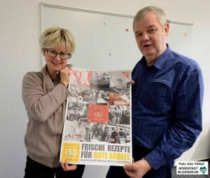Jutta Reiter (DGB) und Manfred Sträter (NGG) blicken auf 165 Jahre Gewerkschaftsarbeit zurück.
