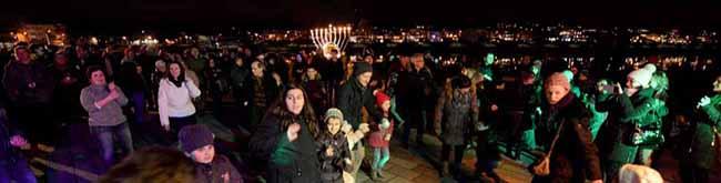 FOTOSTRECKE zum Fest der Lichter: Dortmunds Juden feiern mit Freunden und Unterstützern Chanukka am Phoenixsee
