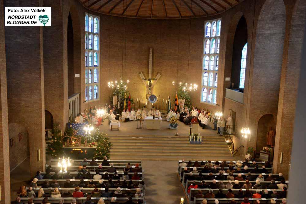 Mit einer Festmesse hat die katholische Kirche die Gründung der Nordstadt-Großpfarrei Heilige Dreikönige gefeiert.