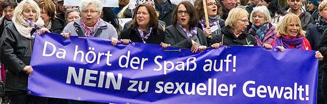 """Demo von mehr als 50 Organisationen in der Dortmunder City:  """"Da hört der Spaß auf! Nein zu sexueller Gewalt"""""""