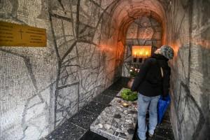 Gedenken an die Opfer nationalsozialistischer Gewaltherrschaft am Mahnmal in der Bittermark.