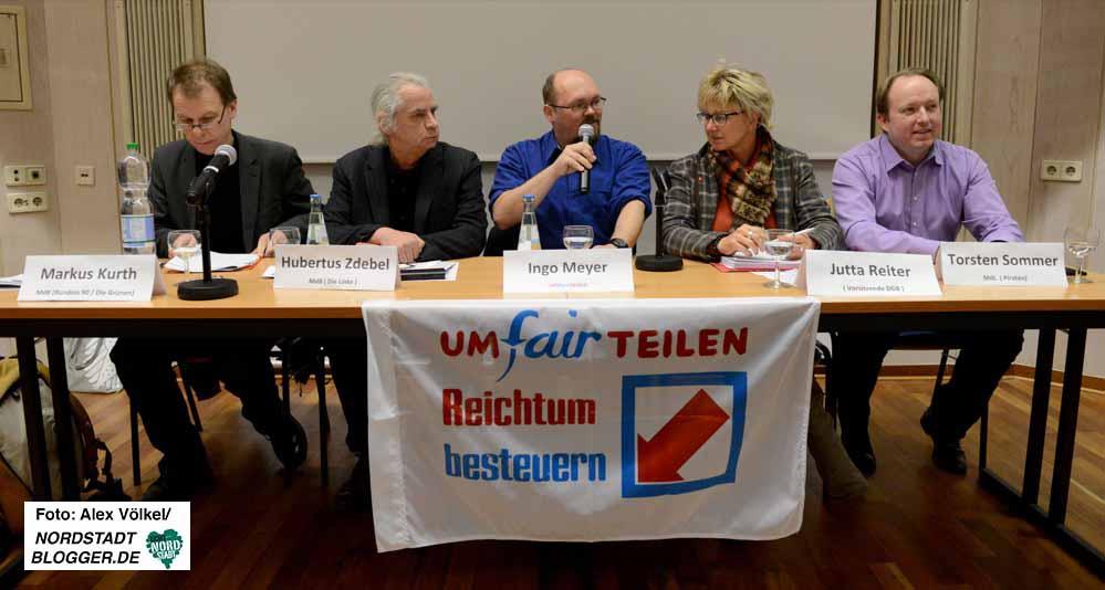Der DGB und das Bündnis Umfairteilen Dortmund hatten zur Podiumsdiskussion eingeladen. Fotos: Alex Völkel