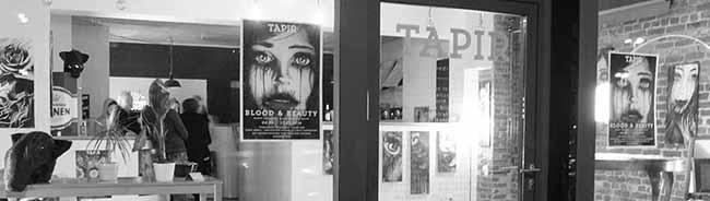 """Die Ausstellung ,,Blood and Beauty"""" präsentiert Arbeiten des Tattoo-Künstlers Mario Czelinski bei """"Tapir Media"""""""