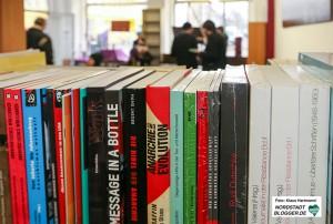 "Der libertäre Kultur- und Buchladen ""Black Pigeon"" hat am Freitag planmäßig eröffnet."