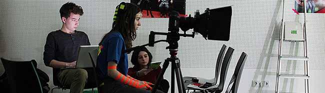 Filmen ohne Grenzen: Belgische, deutsche und geflüchtete Jugendliche drehen Kurzfilme – Projekt auf der U_ZWEI