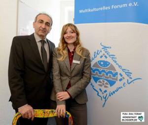 Eröffnung des MkF in Dortmund: Geschäftsführer Kenan Küҫük mit Standortleiterin Deniz Greschner.