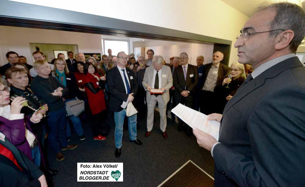 Kenan Küҫük begrüßte rund 100 Gäste zur Eröffnung des Multikulturellen Forums.