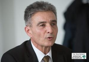 Wohnungsunternehmen und EDG fördern Projekte des Quartiersmanagement Nordstadt. Thomas Böhm, Leiter des Amtes für Wohnen und Stadterneuerung