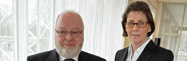 Dortmunder Bürgermeisterin Birgit Jörder verleiht Verdienstkreuz am Bande an Joachim Fischer