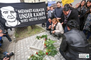4. Tag der Solidarität gedenkt dem NSU-Mordopfer Mehmet Kubasik. Angehörige von Mehmet Kubasik trauern