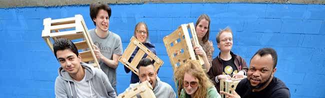 """""""Fertig. Los."""" – Das neue Theaterprojekt des Westfalenkollegs mit Flüchtlingen feiert Premiere im Theater im Depot"""