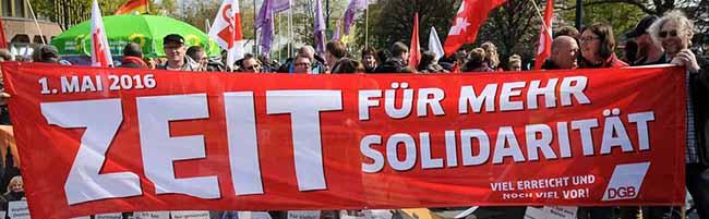 FOTOSTRECKE: Die Kundgebung zum 1. Mai war wertvoll wie selten – Aber die Massen bleiben dem politischen Teil fern