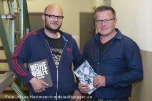 Drei Steine, illustrierter Roman von Nisl Oskamp über Dortmunder Neonazis wird in der Steinwache vorgestellt. David Schraven und Nils Oskamp