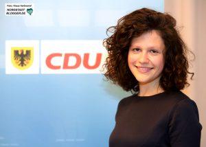 Wahlkreisvertreterversammlungen zur Aufstellung der CDU-Kandidaten für die Landtagswahl 2017 im Helmholtz-Gymnasium. Sarah Beckhoff, 113/Dortmund III
