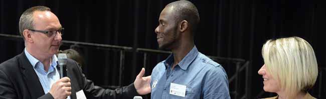 250 TeilnehmerInnen beim 4. Flüchtlingsforum in Dortmund: Das Ankommen in der Gesellschaft steht im Mittelpunkt