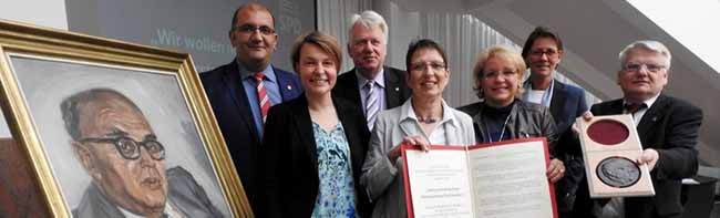 Die SPD-Fraktion zeichnet das Mehrgenerationenhaus Mütterzentrum Dortmund mit dem Fritz-Henßler-Preis aus