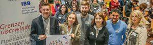 Sven Veigel (BNS Berlin), Dr. Katja Sündermann (IBB), Eike Leidgens (MFH Bochum), Hildegard Azimi-Boedecker (IBB), Orhan Jasarovski (Projekt Acasa Dom der Stadt Wuppertal) und Andrea Zeuch (Inklusionsbeauftragte der Stadt Dortmund). Foto: Stephan Schuetze/IBB