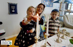 Jüdische Gemeinde hat einen eigenen Kindergarten - und feiert dort natürlich auch eine Shabbat-Feier.