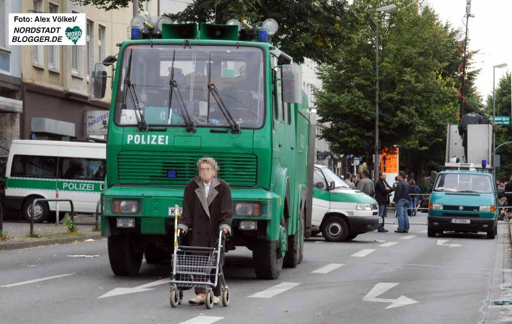 Mehrere tausend Beamte werden am Samstag beim Neonaziaufmarsch im Einsatz sein. Archivbilder: Alex Völkel