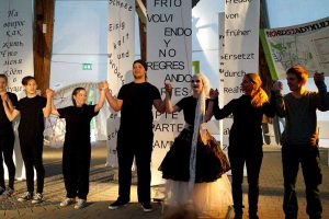 Das Theaterstück feierte im Big Tipi im Dortmunder Fredenbaumpark Premiere.