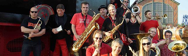 Umsonst und draußen: Zehn bekannte Künstlerinnen und Künstler sind beim Musiksommer im Fredenbaumpark dabei