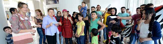 Flüchtlinge müssen von den Ehrenamtlichen in der ehemaligen Hauptschule Eving Abschied nehmen – Umzug nach Mengede