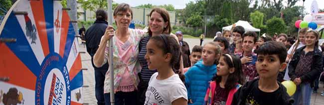 """Foto-Impressionen vom Quartiersfest des Netzwerkes INFamilie im """"Libellenquartier"""" der Nordstadt"""