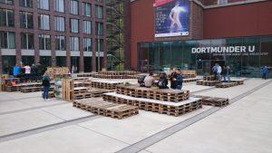 Noch wirkt es wenig sommerlich am Dortmunder U - das soll sich bald ändern.