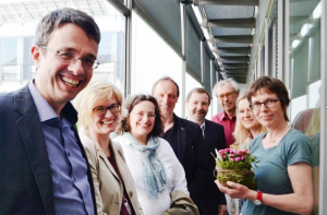 Der neu gewählte Vorstand: Dr. Stefan Mühlhofer, Kirsten John-Stucke, Hildegard Jakobs, Prof. Dr. Alfons Kenkmann, Dr. Werner Jung, Dr. Norbert Reichling, Dr. Claudia Arndt und Dr. Ulrike Schrader (auf eigenen Wunsch ausgeschieden); es fehlt Clemens Heinrichs.