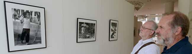 Ausstellung der Cuba-Hilfe im Rathaus