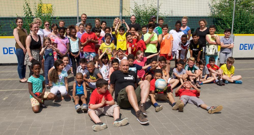 An der Grundschule Kleine Kielstraße fanden die Ferienspiele statt. Fotos: Wolf-Dieter Blank