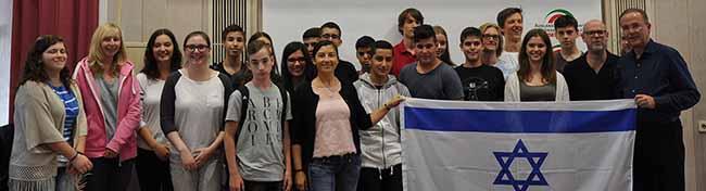 """""""Building Bridges"""": In Dortmund hat der Deutsch-Israelische Jugendaustausch der Auslandsgesellschaft begonnen"""