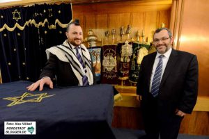 Baruch Babaev (li.) ist der neue Rabbiner in Dortmund - er tritt die Nachfolge von Avichai Apel an.