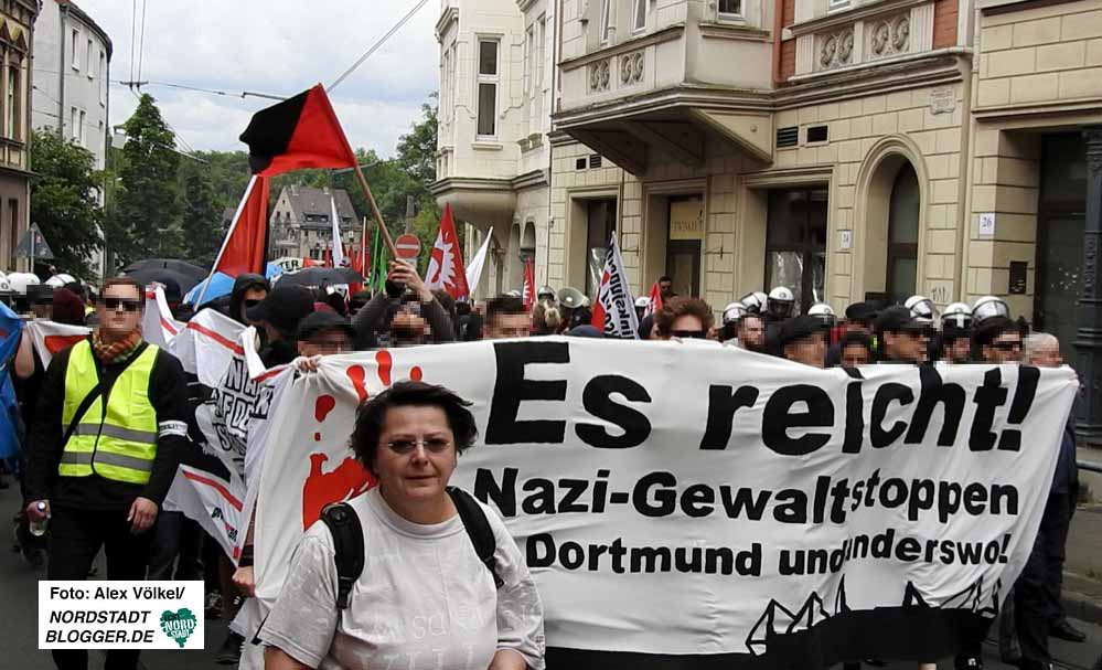 700 Menschen nahmen an der Antifa-Demo gegen rechte Gewalt nach Dorstfeld teil.