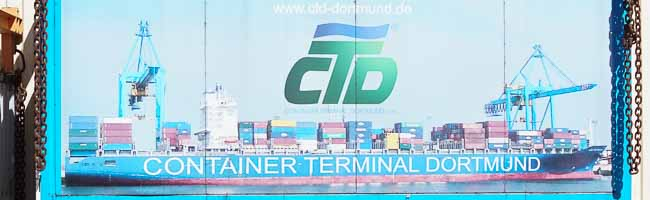 Nordstadt: Waren aus aller Welt werden tagtäglich imContainer-Terminal im Dortmunder Hafen umgeschlagen